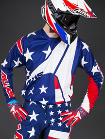 Motocross-Outfit